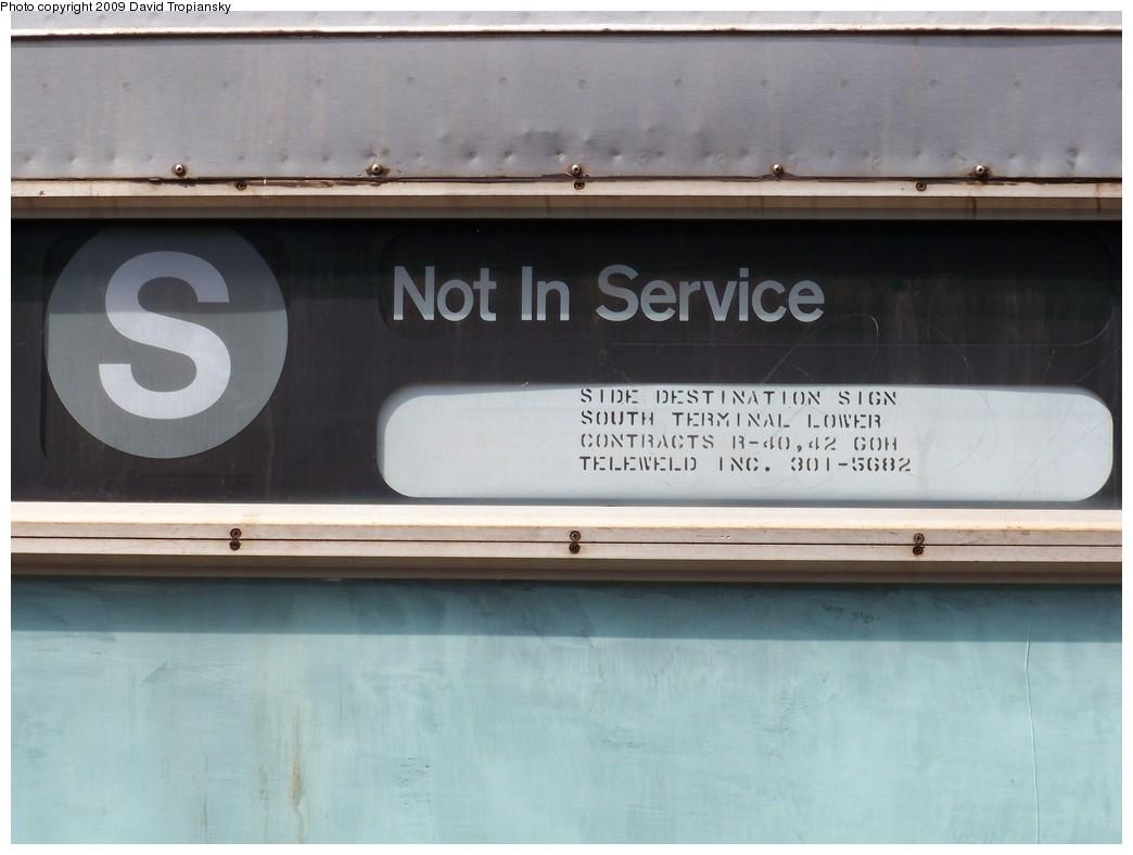 (154k, 1044x788)<br><b>Country:</b> United States<br><b>City:</b> New York<br><b>System:</b> New York City Transit<br><b>Location:</b> Rockaway Park Yard<br><b>Car:</b> R-40 (St. Louis, 1968)   <br><b>Photo by:</b> David Tropiansky<br><b>Date:</b> 4/17/2009<br><b>Notes:</b> R40 Not in Service/S side rollsign<br><b>Viewed (this week/total):</b> 0 / 1778