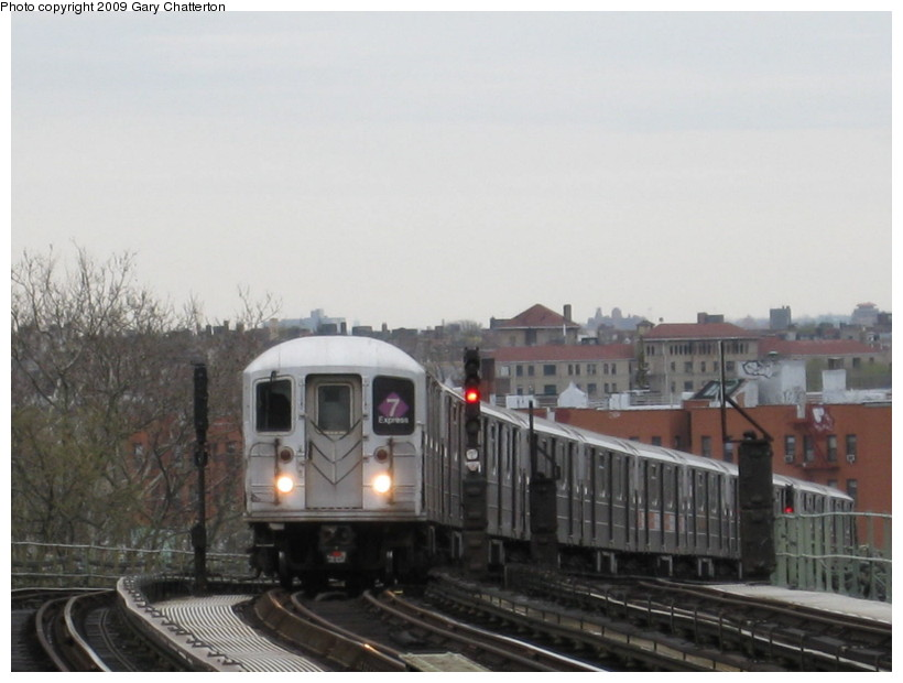 (101k, 820x620)<br><b>Country:</b> United States<br><b>City:</b> New York<br><b>System:</b> New York City Transit<br><b>Line:</b> IRT Flushing Line<br><b>Location:</b> 52nd Street/Lincoln Avenue <br><b>Route:</b> 7<br><b>Car:</b> R-62A (Bombardier, 1984-1987)  1790 <br><b>Photo by:</b> Gary Chatterton<br><b>Date:</b> 4/15/2009<br><b>Viewed (this week/total):</b> 3 / 1294