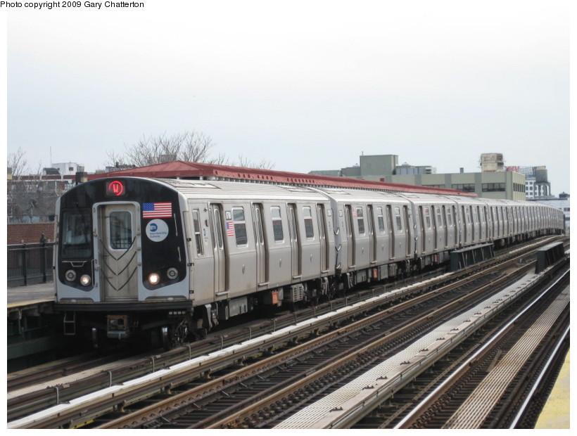 (124k, 820x620)<br><b>Country:</b> United States<br><b>City:</b> New York<br><b>System:</b> New York City Transit<br><b>Line:</b> BMT Astoria Line<br><b>Location:</b> 36th/Washington Aves. <br><b>Route:</b> W<br><b>Car:</b> R-160B (Kawasaki, 2005-2008)  8788 <br><b>Photo by:</b> Gary Chatterton<br><b>Date:</b> 4/15/2009<br><b>Viewed (this week/total):</b> 0 / 1253