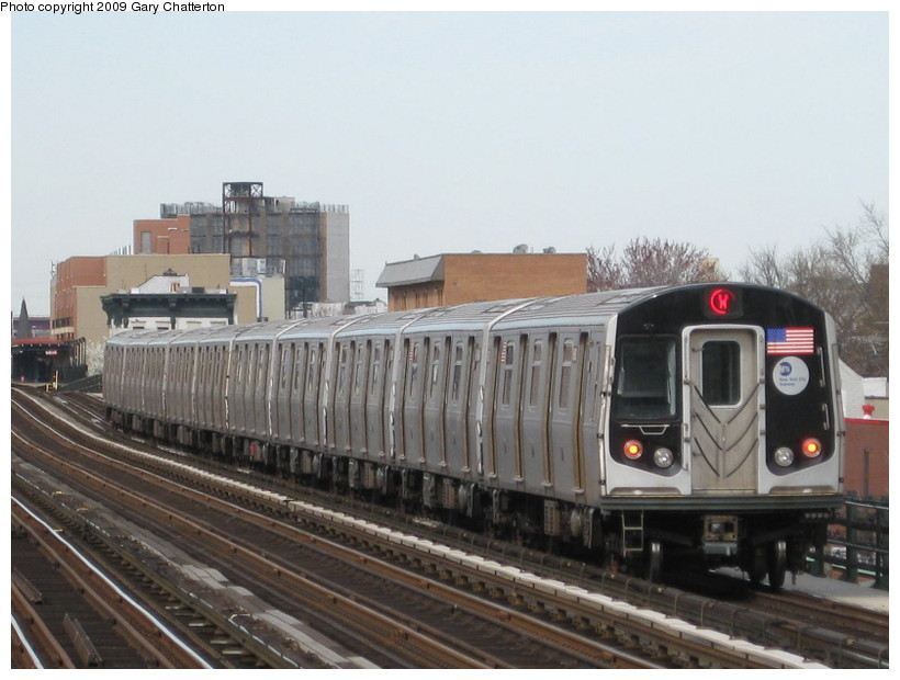 (122k, 820x620)<br><b>Country:</b> United States<br><b>City:</b> New York<br><b>System:</b> New York City Transit<br><b>Line:</b> BMT Astoria Line<br><b>Location:</b> 36th/Washington Aves. <br><b>Route:</b> W<br><b>Car:</b> R-160A-2 (Alstom, 2005-2008, 5 car sets)  8683 <br><b>Photo by:</b> Gary Chatterton<br><b>Date:</b> 4/15/2009<br><b>Viewed (this week/total):</b> 1 / 1590