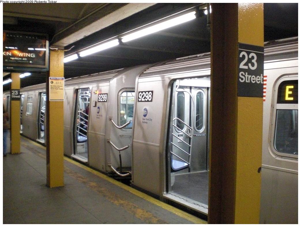 (255k, 1044x788)<br><b>Country:</b> United States<br><b>City:</b> New York<br><b>System:</b> New York City Transit<br><b>Line:</b> IND 8th Avenue Line<br><b>Location:</b> 23rd Street <br><b>Route:</b> E<br><b>Car:</b> R-160A (Option 1) (Alstom, 2008-2009, 5 car sets)  9298/9299 <br><b>Photo by:</b> Roberto C. Tobar<br><b>Date:</b> 4/15/2009<br><b>Viewed (this week/total):</b> 2 / 1684
