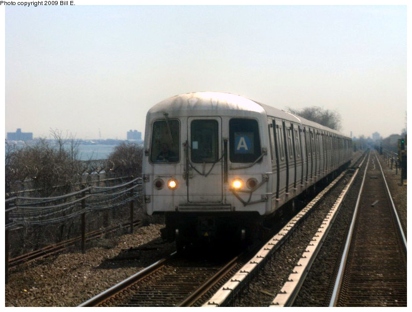(144k, 820x620)<br><b>Country:</b> United States<br><b>City:</b> New York<br><b>System:</b> New York City Transit<br><b>Line:</b> IND Rockaway<br><b>Location:</b> Near Broad Channel<br><b>Route:</b> A<br><b>Car:</b> R-44 (St. Louis, 1971-73)  <br><b>Photo by:</b> Bill E.<br><b>Date:</b> 4/17/2009<br><b>Viewed (this week/total):</b> 0 / 719