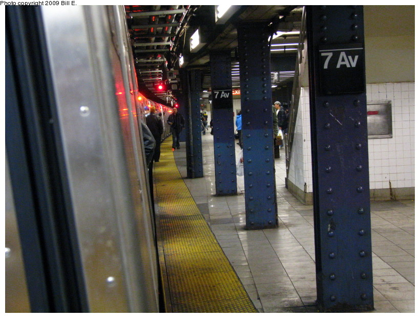 (148k, 820x620)<br><b>Country:</b> United States<br><b>City:</b> New York<br><b>System:</b> New York City Transit<br><b>Line:</b> IND Queens Boulevard Line<br><b>Location:</b> 7th Avenue/53rd Street <br><b>Route:</b> E<br><b>Car:</b> R-160A (Option 1) (Alstom, 2008-2009, 5 car sets)   <br><b>Photo by:</b> Bill E.<br><b>Date:</b> 4/17/2009<br><b>Viewed (this week/total):</b> 1 / 1572