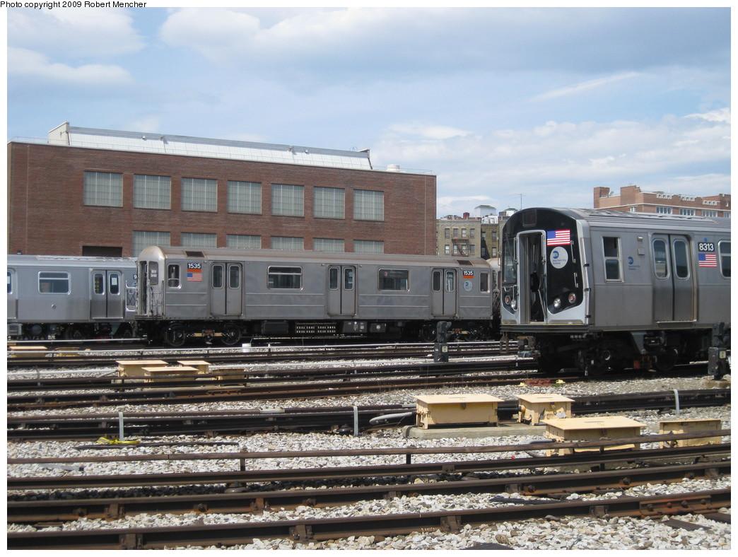 (247k, 1044x788)<br><b>Country:</b> United States<br><b>City:</b> New York<br><b>System:</b> New York City Transit<br><b>Location:</b> 207th Street Yard<br><b>Car:</b> R-62 (Kawasaki, 1983-1985)  1535 <br><b>Photo by:</b> Robert Mencher<br><b>Date:</b> 4/18/2009<br><b>Notes:</b> With R160 8313<br><b>Viewed (this week/total):</b> 0 / 820