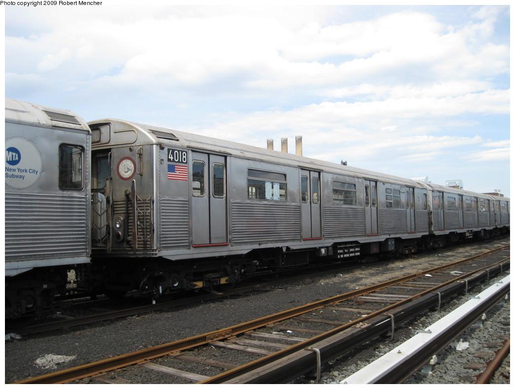 (199k, 1044x788)<br><b>Country:</b> United States<br><b>City:</b> New York<br><b>System:</b> New York City Transit<br><b>Location:</b> 207th Street Yard<br><b>Car:</b> R-38 (St. Louis, 1966-1967)  4018 <br><b>Photo by:</b> Robert Mencher<br><b>Date:</b> 4/18/2009<br><b>Viewed (this week/total):</b> 3 / 687