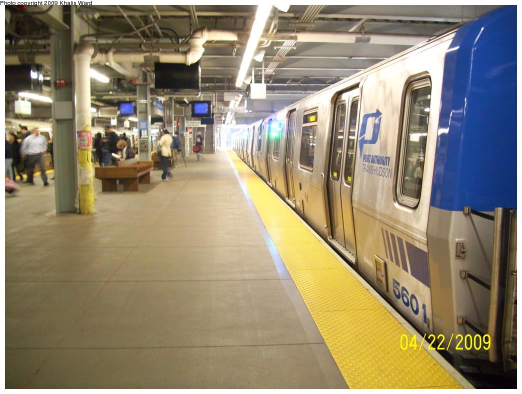 (238k, 1044x788)<br><b>Country:</b> United States<br><b>City:</b> New York<br><b>System:</b> PATH<br><b>Location:</b> World Trade Center <br><b>Car:</b> PATH PA-5 (Kawasaki, 2009-2011) 5601 <br><b>Photo by:</b> Khalis Ward<br><b>Date:</b> 4/22/2009<br><b>Viewed (this week/total):</b> 1 / 1208