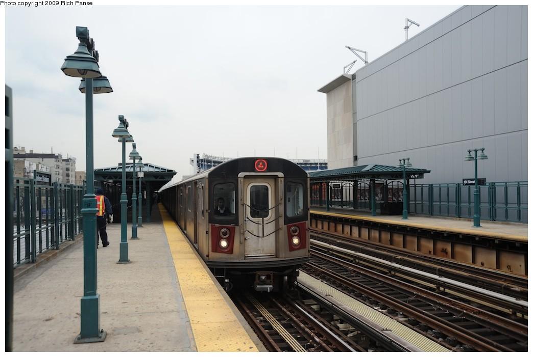 (156k, 1044x701)<br><b>Country:</b> United States<br><b>City:</b> New York<br><b>System:</b> New York City Transit<br><b>Line:</b> IRT Woodlawn Line<br><b>Location:</b> 161st Street/River Avenue (Yankee Stadium) <br><b>Route:</b> 4<br><b>Car:</b> R-142 or R-142A (Number Unknown)  <br><b>Photo by:</b> Richard Panse<br><b>Date:</b> 4/22/2009<br><b>Viewed (this week/total):</b> 0 / 1177