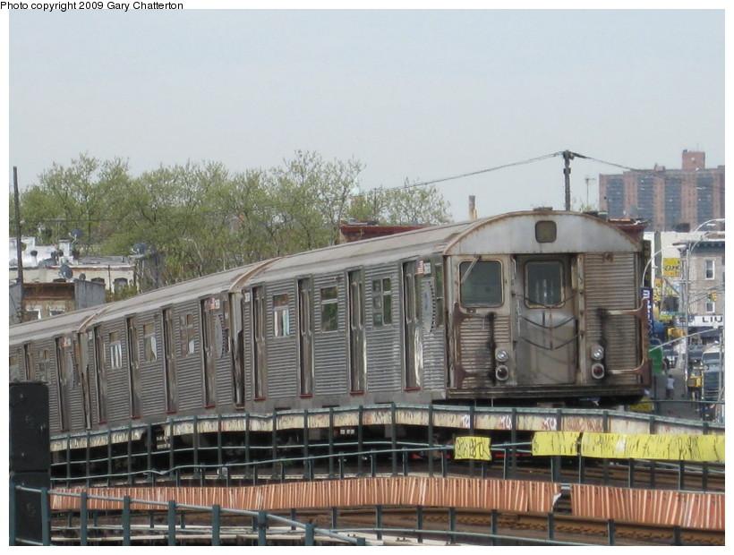 (144k, 820x620)<br><b>Country:</b> United States<br><b>City:</b> New York<br><b>System:</b> New York City Transit<br><b>Line:</b> IND Fulton Street Line<br><b>Location:</b> 80th Street/Hudson Street <br><b>Route:</b> A<br><b>Car:</b> R-32 (Budd, 1964)  3688 <br><b>Photo by:</b> Gary Chatterton<br><b>Date:</b> 4/29/2009<br><b>Viewed (this week/total):</b> 0 / 1103
