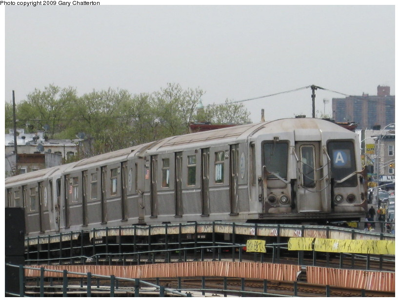 (132k, 820x620)<br><b>Country:</b> United States<br><b>City:</b> New York<br><b>System:</b> New York City Transit<br><b>Line:</b> IND Fulton Street Line<br><b>Location:</b> 80th Street/Hudson Street <br><b>Route:</b> A<br><b>Car:</b> R-40 (St. Louis, 1968)  4342 <br><b>Photo by:</b> Gary Chatterton<br><b>Date:</b> 4/29/2009<br><b>Viewed (this week/total):</b> 0 / 1337