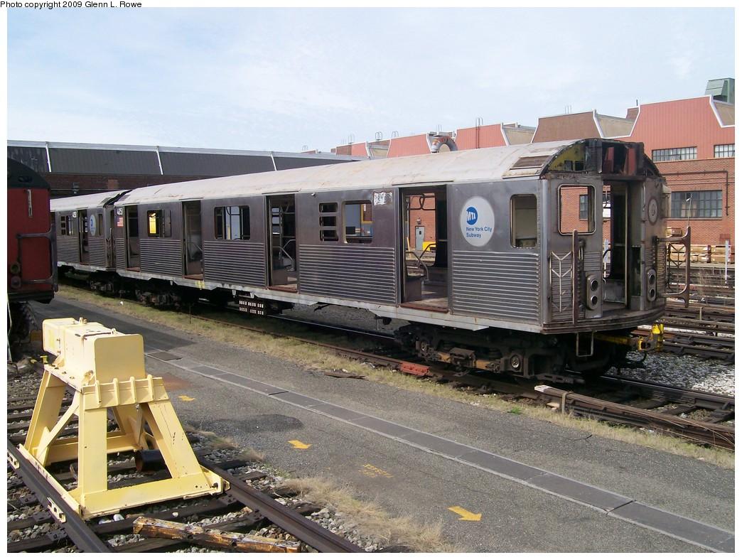 (248k, 1044x788)<br><b>Country:</b> United States<br><b>City:</b> New York<br><b>System:</b> New York City Transit<br><b>Location:</b> 207th Street Yard<br><b>Car:</b> R-38 (St. Louis, 1966-1967)  4051 <br><b>Photo by:</b> Glenn L. Rowe<br><b>Date:</b> 4/29/2009<br><b>Notes:</b> Scrap<br><b>Viewed (this week/total):</b> 0 / 854