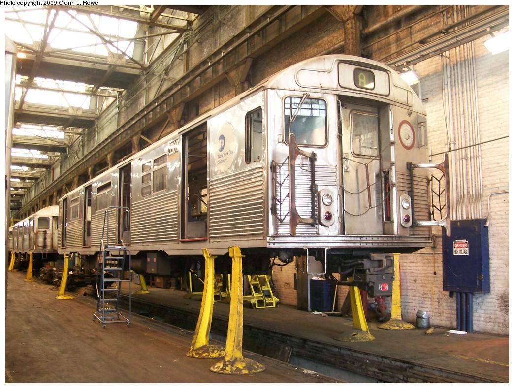 (273k, 1044x788)<br><b>Country:</b> United States<br><b>City:</b> New York<br><b>System:</b> New York City Transit<br><b>Location:</b> 207th Street Shop<br><b>Car:</b> R-38 (St. Louis, 1966-1967)  3982 <br><b>Photo by:</b> Glenn L. Rowe<br><b>Date:</b> 4/29/2009<br><b>Notes:</b> Scrap<br><b>Viewed (this week/total):</b> 0 / 1101