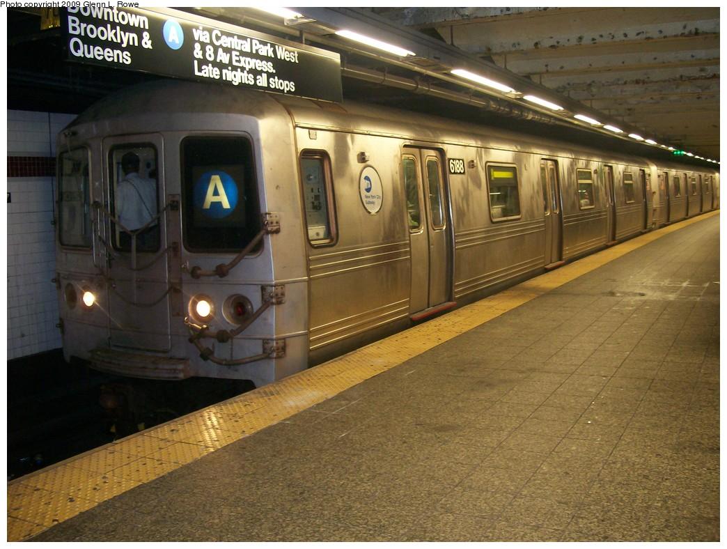 (226k, 1044x788)<br><b>Country:</b> United States<br><b>City:</b> New York<br><b>System:</b> New York City Transit<br><b>Line:</b> IND 8th Avenue Line<br><b>Location:</b> 207th Street <br><b>Route:</b> A<br><b>Car:</b> R-46 (Pullman-Standard, 1974-75) 6188 <br><b>Photo by:</b> Glenn L. Rowe<br><b>Date:</b> 5/7/2009<br><b>Viewed (this week/total):</b> 0 / 1100