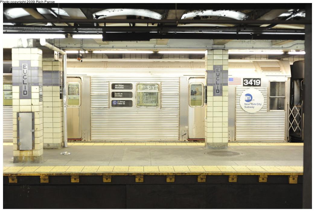 (180k, 1044x702)<br><b>Country:</b> United States<br><b>City:</b> New York<br><b>System:</b> New York City Transit<br><b>Line:</b> IND Fulton Street Line<br><b>Location:</b> Euclid Avenue <br><b>Route:</b> C<br><b>Car:</b> R-32 (Budd, 1964)  3419 <br><b>Photo by:</b> Richard Panse<br><b>Date:</b> 4/29/2009<br><b>Viewed (this week/total):</b> 0 / 1704