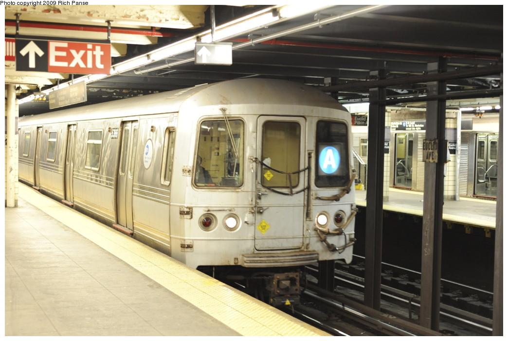 (186k, 1044x702)<br><b>Country:</b> United States<br><b>City:</b> New York<br><b>System:</b> New York City Transit<br><b>Line:</b> IND Fulton Street Line<br><b>Location:</b> Euclid Avenue <br><b>Route:</b> A<br><b>Car:</b> R-44 (St. Louis, 1971-73) 5366 <br><b>Photo by:</b> Richard Panse<br><b>Date:</b> 4/29/2009<br><b>Viewed (this week/total):</b> 0 / 1331