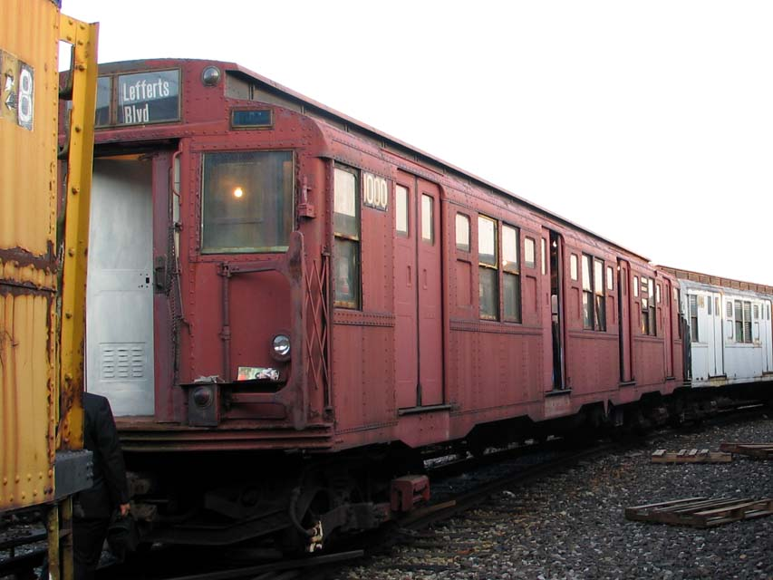 (83k, 853x640)<br><b>Country:</b> United States<br><b>City:</b> New York<br><b>System:</b> New York City Transit<br><b>Location:</b> Coney Island Yard-Museum Yard<br><b>Car:</b> R-6-3 (American Car & Foundry, 1935)  1000 <br><b>Photo by:</b> Michael Pompili<br><b>Date:</b> 6/29/2004<br><b>Viewed (this week/total):</b> 0 / 1596