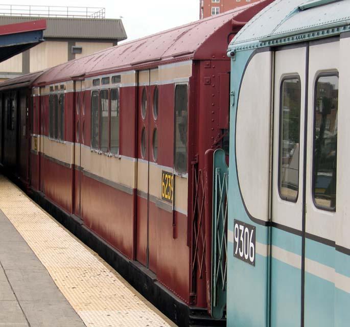 (80k, 685x640)<br><b>Country:</b> United States<br><b>City:</b> New York<br><b>System:</b> New York City Transit<br><b>Line:</b> BMT Brighton Line<br><b>Location:</b> Brighton Beach <br><b>Route:</b> Fan Trip<br><b>Car:</b> R-15 (American Car & Foundry, 1950) 6239 <br><b>Photo by:</b> Michael Pompili<br><b>Date:</b> 10/23/2004<br><b>Viewed (this week/total):</b> 0 / 838