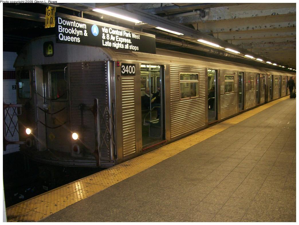 (220k, 1044x788)<br><b>Country:</b> United States<br><b>City:</b> New York<br><b>System:</b> New York City Transit<br><b>Line:</b> IND 8th Avenue Line<br><b>Location:</b> 207th Street <br><b>Route:</b> A<br><b>Car:</b> R-32 (Budd, 1964)  3400 <br><b>Photo by:</b> Glenn L. Rowe<br><b>Date:</b> 5/12/2009<br><b>Viewed (this week/total):</b> 1 / 983