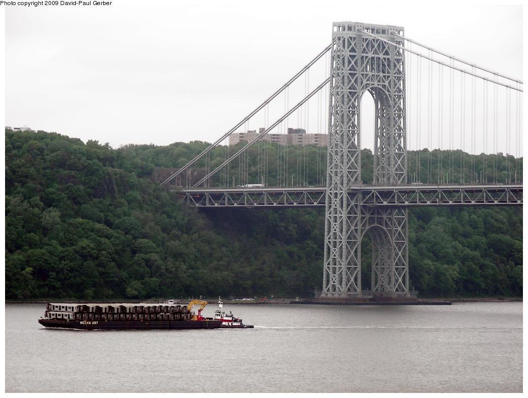 (244k, 1044x788)<br><b>Country:</b> United States<br><b>City:</b> New York<br><b>System:</b> New York City Transit<br><b>Location:</b> George Washington Bridge<br><b>Photo by:</b> David-Paul Gerber<br><b>Date:</b> 5/16/2009<br><b>Viewed (this week/total):</b> 0 / 1070