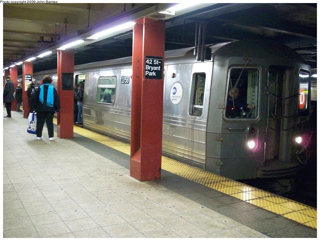 (244k, 1044x788)<br><b>Country:</b> United States<br><b>City:</b> New York<br><b>System:</b> New York City Transit<br><b>Line:</b> IND 6th Avenue Line<br><b>Location:</b> 42nd Street/Bryant Park <br><b>Route:</b> D<br><b>Car:</b> R-68 (Westinghouse-Amrail, 1986-1988)  2748 <br><b>Photo by:</b> John Barnes<br><b>Date:</b> 12/12/2008<br><b>Viewed (this week/total):</b> 1 / 1414