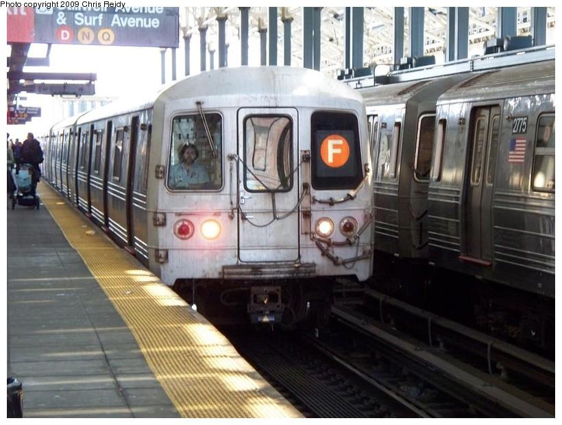 (154k, 820x620)<br><b>Country:</b> United States<br><b>City:</b> New York<br><b>System:</b> New York City Transit<br><b>Location:</b> Coney Island/Stillwell Avenue<br><b>Route:</b> F<br><b>Car:</b> R-46 (Pullman-Standard, 1974-75) 5592 <br><b>Photo by:</b> Chris Reidy<br><b>Date:</b> 4/17/2009<br><b>Viewed (this week/total):</b> 1 / 1362