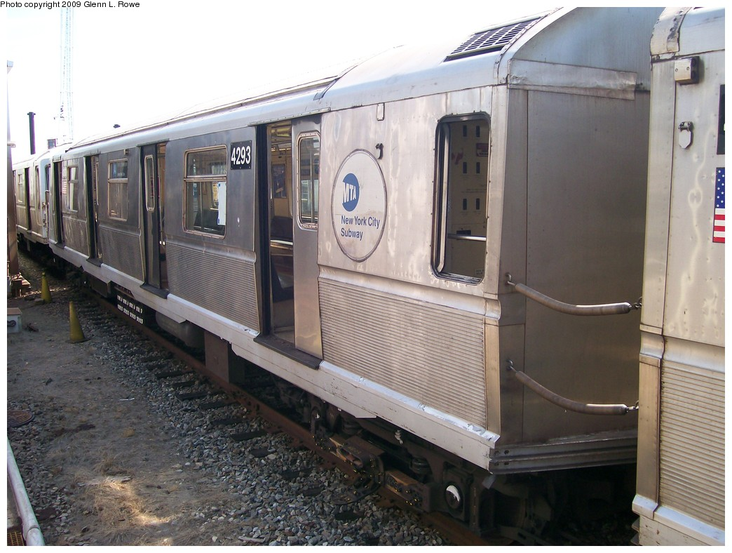 (214k, 1044x788)<br><b>Country:</b> United States<br><b>City:</b> New York<br><b>System:</b> New York City Transit<br><b>Location:</b> 207th Street Yard<br><b>Car:</b> R-40 (St. Louis, 1968)  4293 <br><b>Photo by:</b> Glenn L. Rowe<br><b>Date:</b> 5/22/2009<br><b>Viewed (this week/total):</b> 1 / 745