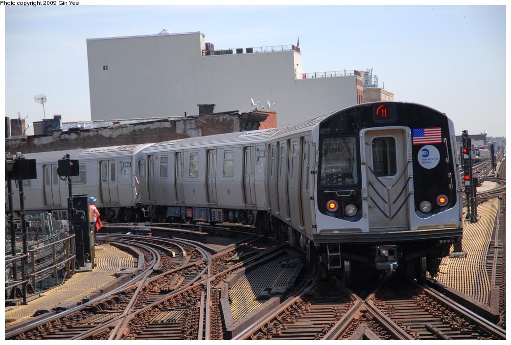 (249k, 1044x705)<br><b>Country:</b> United States<br><b>City:</b> New York<br><b>System:</b> New York City Transit<br><b>Line:</b> BMT Nassau Street/Jamaica Line<br><b>Location:</b> Myrtle Avenue <br><b>Route:</b> M<br><b>Car:</b> R-160A-1 (Alstom, 2005-2008, 4 car sets)  8544 <br><b>Photo by:</b> Gin Yee<br><b>Date:</b> 5/20/2009<br><b>Viewed (this week/total):</b> 1 / 1869