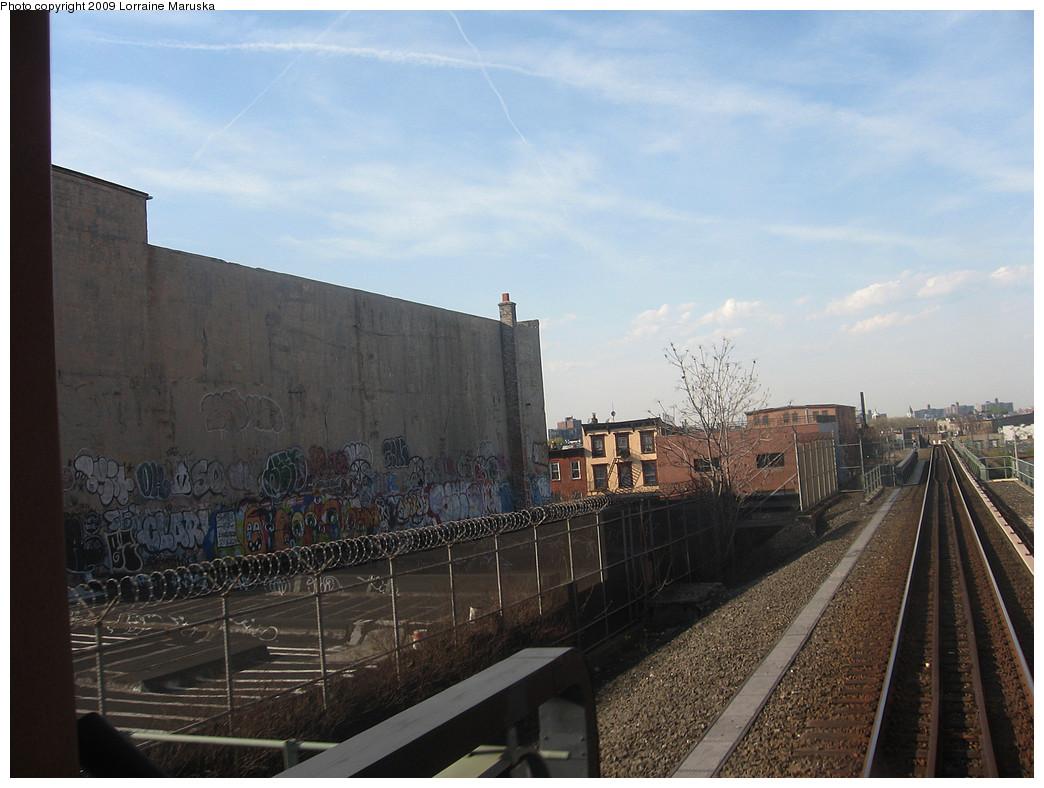 (252k, 1044x788)<br><b>Country:</b> United States<br><b>City:</b> New York<br><b>System:</b> New York City Transit<br><b>Line:</b> BMT Franklin<br><b>Location:</b> Dean Street <br><b>Photo by:</b> Lorraine Maruska<br><b>Date:</b> 4/26/2009<br><b>Notes:</b> Site of former Dean Street Station.<br><b>Viewed (this week/total):</b> 0 / 3507