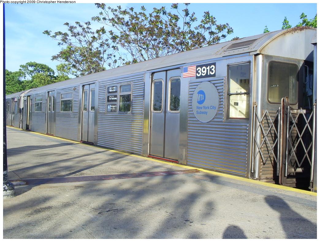 (347k, 1044x788)<br><b>Country:</b> United States<br><b>City:</b> New York<br><b>System:</b> New York City Transit<br><b>Line:</b> IND Rockaway<br><b>Location:</b> Mott Avenue/Far Rockaway <br><b>Route:</b> A<br><b>Car:</b> R-32 (Budd, 1964)  3913 <br><b>Photo by:</b> Christopher Henderson<br><b>Date:</b> 5/20/2009<br><b>Viewed (this week/total):</b> 0 / 936