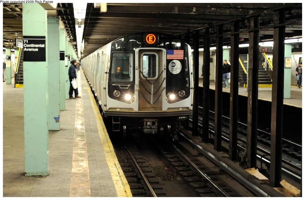 (181k, 1044x687)<br><b>Country:</b> United States<br><b>City:</b> New York<br><b>System:</b> New York City Transit<br><b>Line:</b> IND Queens Boulevard Line<br><b>Location:</b> 71st/Continental Aves./Forest Hills <br><b>Route:</b> E<br><b>Car:</b> R-160A (Option 1) (Alstom, 2008-2009, 5 car sets)   <br><b>Photo by:</b> Richard Panse<br><b>Date:</b> 3/30/2009<br><b>Viewed (this week/total):</b> 0 / 1933
