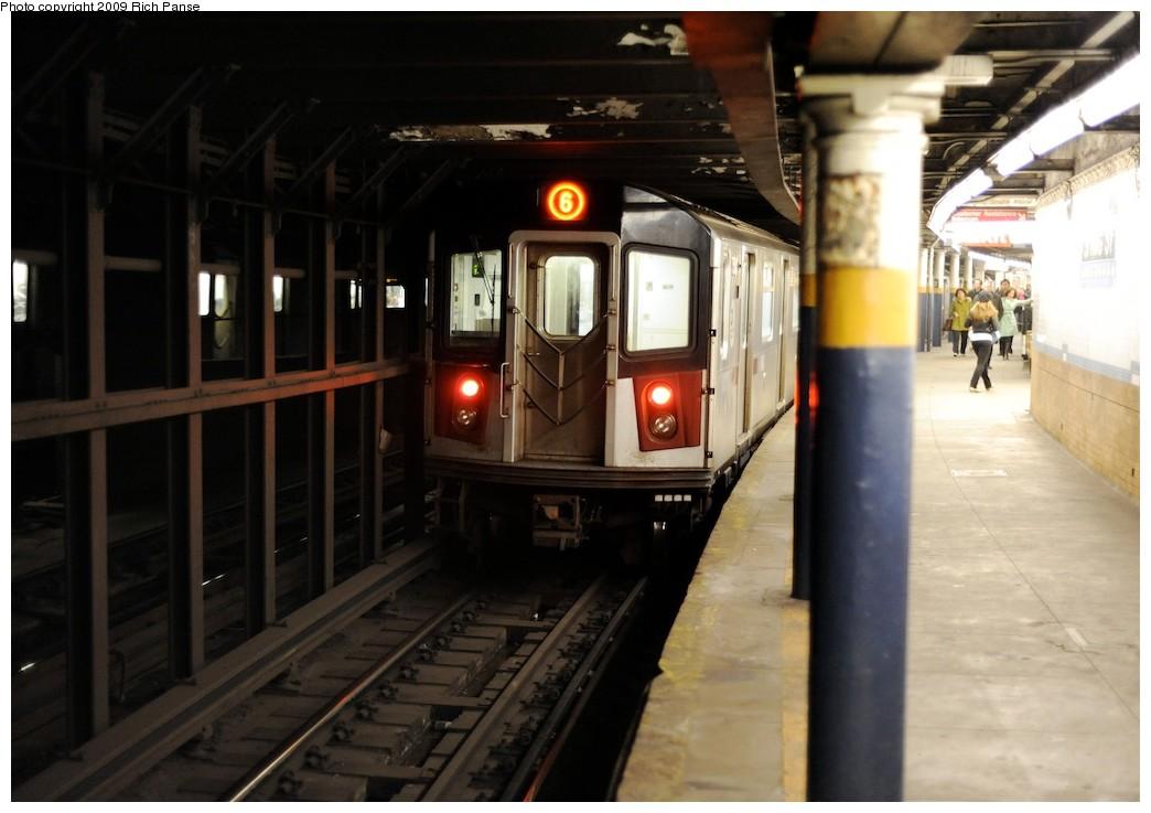 (149k, 1044x737)<br><b>Country:</b> United States<br><b>City:</b> New York<br><b>System:</b> New York City Transit<br><b>Line:</b> IRT East Side Line<br><b>Location:</b> Spring Street <br><b>Route:</b> 6<br><b>Car:</b> R-142 or R-142A (Number Unknown)  <br><b>Photo by:</b> Richard Panse<br><b>Date:</b> 3/30/2009<br><b>Viewed (this week/total):</b> 4 / 2061