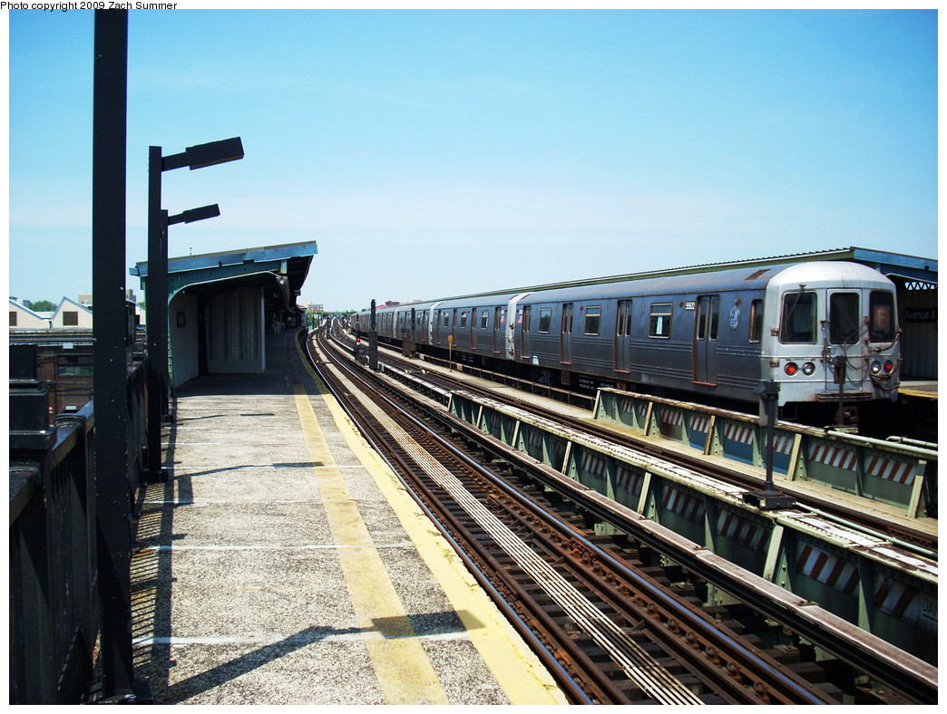 (311k, 1044x788)<br><b>Country:</b> United States<br><b>City:</b> New York<br><b>System:</b> New York City Transit<br><b>Line:</b> BMT Culver Line<br><b>Location:</b> Avenue X <br><b>Route:</b> F<br><b>Car:</b> R-46 (Pullman-Standard, 1974-75) 5502 <br><b>Photo by:</b> Zach Summer<br><b>Date:</b> 5/25/2009<br><b>Viewed (this week/total):</b> 0 / 911