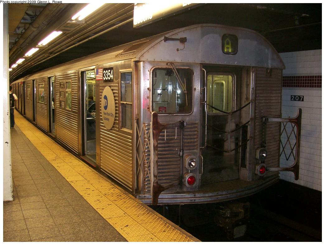 (233k, 1044x788)<br><b>Country:</b> United States<br><b>City:</b> New York<br><b>System:</b> New York City Transit<br><b>Line:</b> IND 8th Avenue Line<br><b>Location:</b> 207th Street <br><b>Route:</b> A<br><b>Car:</b> R-32 (Budd, 1964)  3354 <br><b>Photo by:</b> Glenn L. Rowe<br><b>Date:</b> 5/26/2009<br><b>Viewed (this week/total):</b> 0 / 950