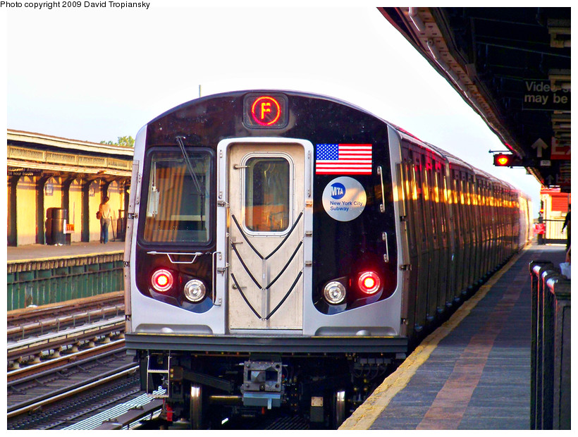 (207k, 820x620)<br><b>Country:</b> United States<br><b>City:</b> New York<br><b>System:</b> New York City Transit<br><b>Line:</b> BMT Culver Line<br><b>Location:</b> Ditmas Avenue <br><b>Route:</b> F<br><b>Car:</b> R-160A (Option 1) (Alstom, 2008-2009, 5 car sets)  9422 <br><b>Photo by:</b> David Tropiansky<br><b>Date:</b> 5/23/2009<br><b>Viewed (this week/total):</b> 0 / 1634