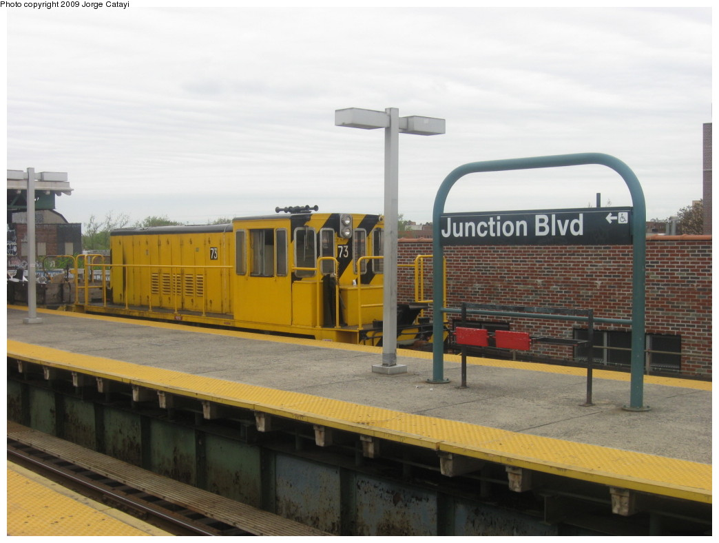 (171k, 1044x788)<br><b>Country:</b> United States<br><b>City:</b> New York<br><b>System:</b> New York City Transit<br><b>Line:</b> IRT Flushing Line<br><b>Location:</b> Junction Boulevard <br><b>Route:</b> Work Service<br><b>Car:</b> R-52 Locomotive  73 <br><b>Photo by:</b> Jorge Catayi<br><b>Date:</b> 5/2/2009<br><b>Viewed (this week/total):</b> 2 / 1300