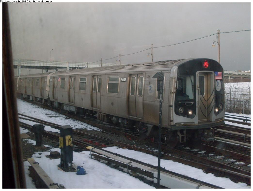 (210k, 1044x788)<br><b>Country:</b> United States<br><b>City:</b> New York<br><b>System:</b> New York City Transit<br><b>Location:</b> Coney Island/Stillwell Avenue<br><b>Route:</b> N<br><b>Car:</b> R-160B (Option 1) (Kawasaki, 2008-2009)  9033 <br><b>Photo by:</b> Anthony Modesto<br><b>Date:</b> 2/2010<br><b>Viewed (this week/total):</b> 3 / 995