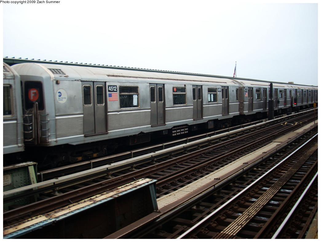 (233k, 1044x788)<br><b>Country:</b> United States<br><b>City:</b> New York<br><b>System:</b> New York City Transit<br><b>Line:</b> BMT Culver Line<br><b>Location:</b> Avenue X <br><b>Route:</b> F<br><b>Car:</b> R-40M (St. Louis, 1969)  4512 <br><b>Photo by:</b> Zach Summer<br><b>Date:</b> 5/26/2009<br><b>Viewed (this week/total):</b> 1 / 1130