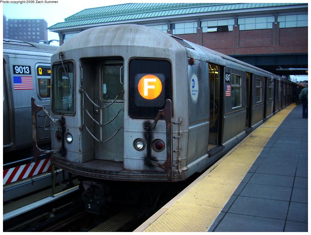 (284k, 1044x788)<br><b>Country:</b> United States<br><b>City:</b> New York<br><b>System:</b> New York City Transit<br><b>Location:</b> Coney Island/Stillwell Avenue<br><b>Route:</b> F<br><b>Car:</b> R-40M (St. Louis, 1969)  4547 <br><b>Photo by:</b> Zach Summer<br><b>Date:</b> 5/27/2009<br><b>Viewed (this week/total):</b> 2 / 1420
