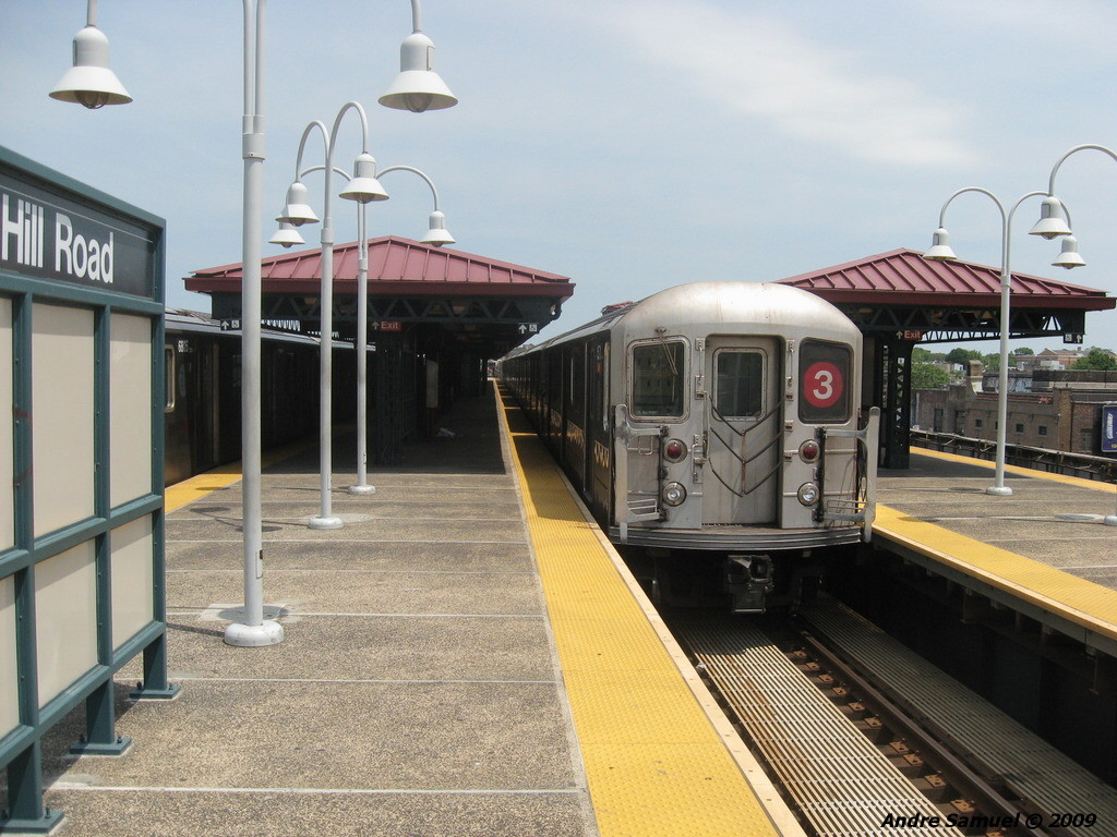 (238k, 1024x768)<br><b>Country:</b> United States<br><b>City:</b> New York<br><b>System:</b> New York City Transit<br><b>Line:</b> IRT White Plains Road Line<br><b>Location:</b> Gun Hill Road <br><b>Route:</b> 3 yard move<br><b>Car:</b> R-62 (Kawasaki, 1983-1985)   <br><b>Photo by:</b> Andre Samuel<br><b>Date:</b> 5/25/2009<br><b>Viewed (this week/total):</b> 0 / 1821