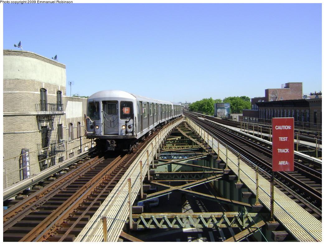 (276k, 1044x788)<br><b>Country:</b> United States<br><b>City:</b> New York<br><b>System:</b> New York City Transit<br><b>Line:</b> BMT Culver Line<br><b>Location:</b> 18th Avenue <br><b>Route:</b> F<br><b>Car:</b> R-42 (St. Louis, 1969-1970)  4657 <br><b>Photo by:</b> Emmanuel Robinson<br><b>Date:</b> 6/1/2009<br><b>Viewed (this week/total):</b> 0 / 1659