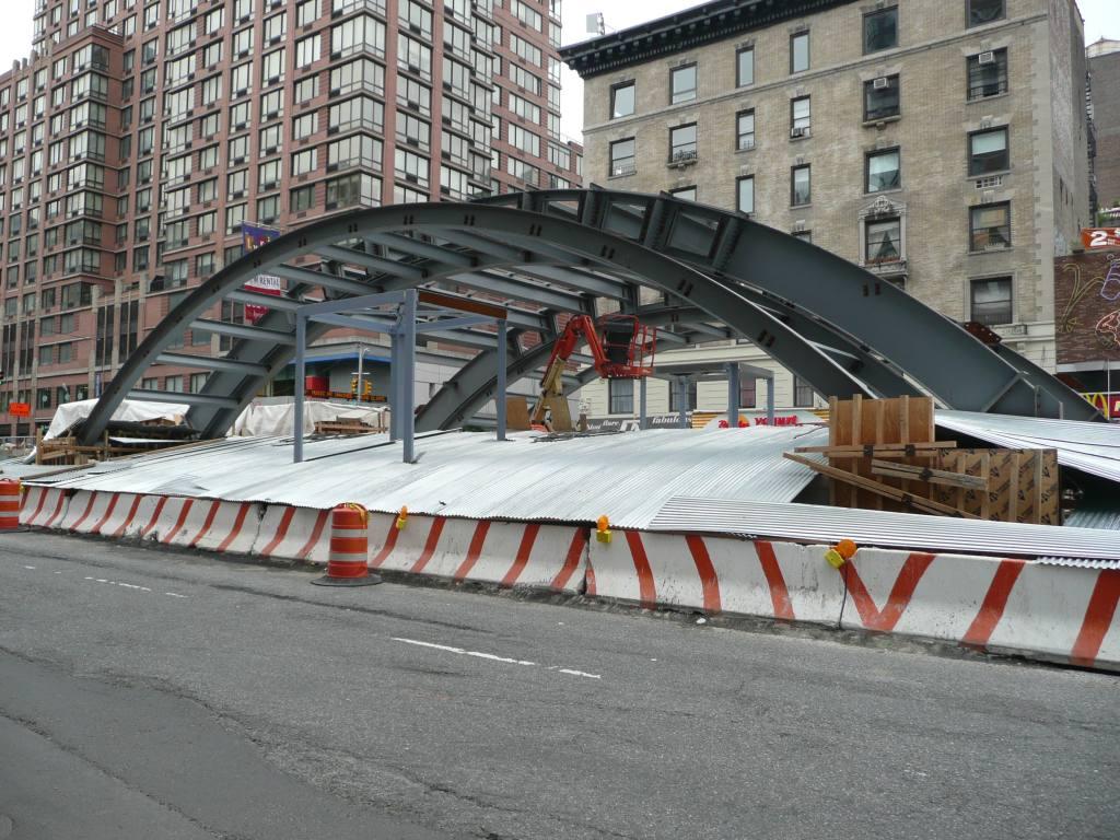 (168k, 1024x768)<br><b>Country:</b> United States<br><b>City:</b> New York<br><b>System:</b> New York City Transit<br><b>Line:</b> IRT West Side Line<br><b>Location:</b> 96th Street <br><b>Photo by:</b> Robbie Rosenfeld<br><b>Date:</b> 6/4/2009<br><b>Notes:</b> New station entrance under construction.<br><b>Viewed (this week/total):</b> 0 / 1132