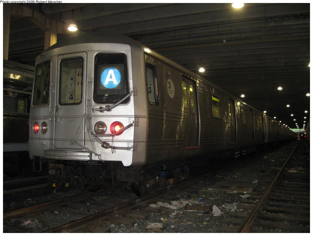 (195k, 1044x788)<br><b>Country:</b> United States<br><b>City:</b> New York<br><b>System:</b> New York City Transit<br><b>Location:</b> Pitkin Yard/Shops<br><b>Car:</b> R-46 (Pullman-Standard, 1974-75) 6202 <br><b>Photo by:</b> Robert Mencher<br><b>Date:</b> 5/23/2009<br><b>Viewed (this week/total):</b> 3 / 1512