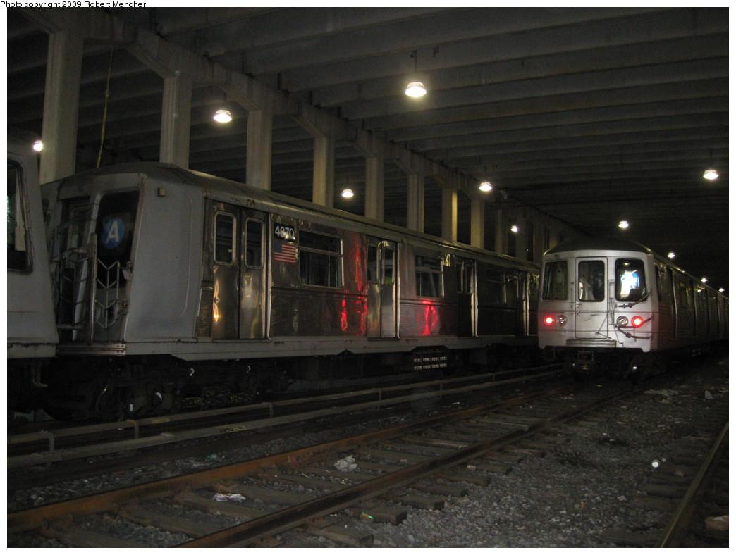 (192k, 1044x788)<br><b>Country:</b> United States<br><b>City:</b> New York<br><b>System:</b> New York City Transit<br><b>Location:</b> Pitkin Yard/Shops<br><b>Car:</b> R-40 (St. Louis, 1968)  4370 <br><b>Photo by:</b> Robert Mencher<br><b>Date:</b> 5/23/2009<br><b>Viewed (this week/total):</b> 1 / 1389