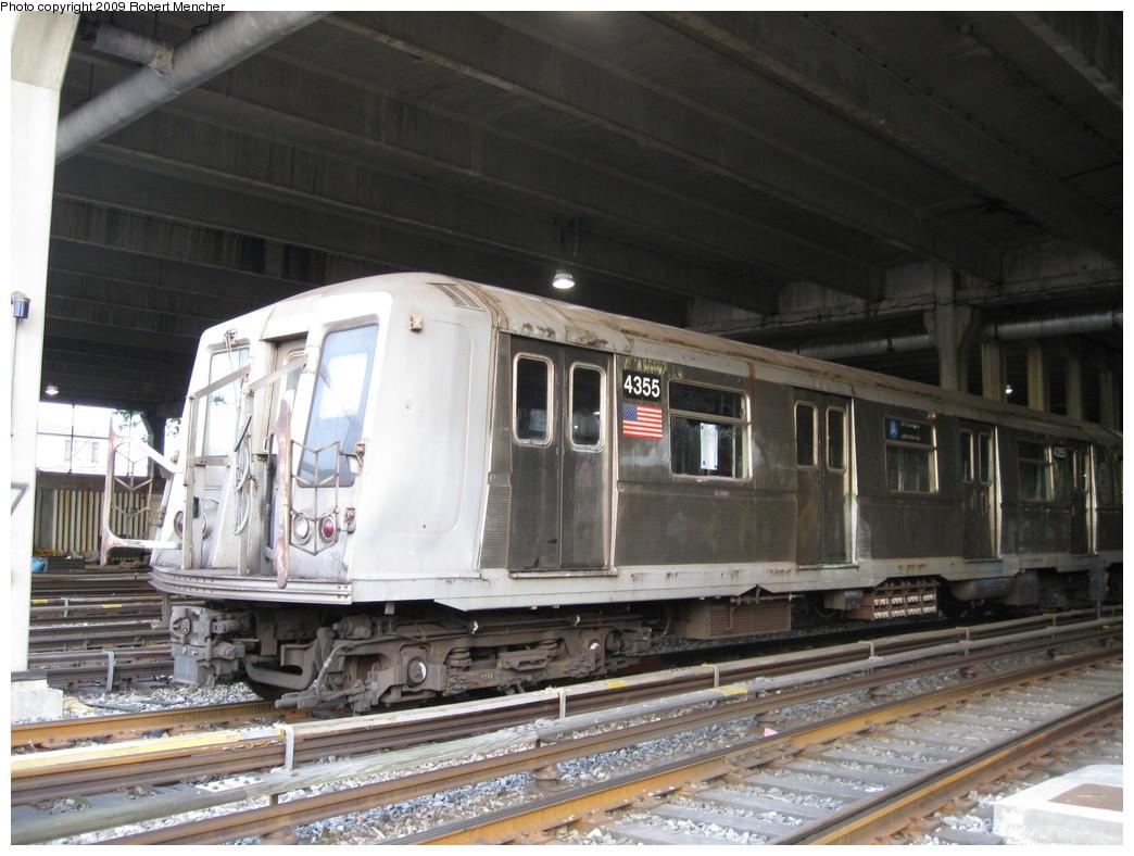 (221k, 1044x788)<br><b>Country:</b> United States<br><b>City:</b> New York<br><b>System:</b> New York City Transit<br><b>Location:</b> Pitkin Yard/Shops<br><b>Car:</b> R-40 (St. Louis, 1968)  4355 <br><b>Photo by:</b> Robert Mencher<br><b>Date:</b> 5/23/2009<br><b>Viewed (this week/total):</b> 1 / 1602