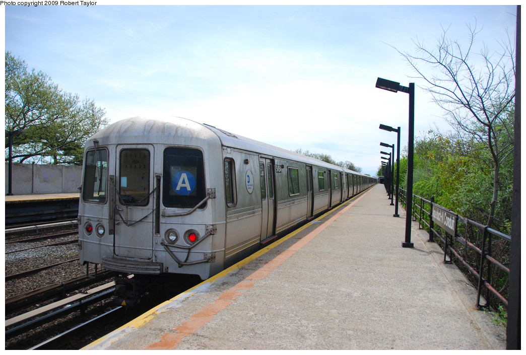 (279k, 1044x705)<br><b>Country:</b> United States<br><b>City:</b> New York<br><b>System:</b> New York City Transit<br><b>Line:</b> IND Rockaway<br><b>Location:</b> Aqueduct/North Conduit Avenue <br><b>Route:</b> A<br><b>Car:</b> R-44 (St. Louis, 1971-73) 5454 <br><b>Photo by:</b> Robert Taylor<br><b>Date:</b> 4/29/2009<br><b>Viewed (this week/total):</b> 0 / 911