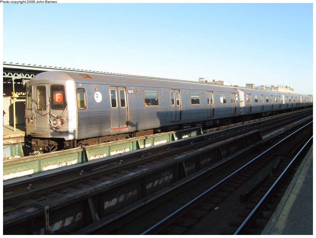 (166k, 1044x788)<br><b>Country:</b> United States<br><b>City:</b> New York<br><b>System:</b> New York City Transit<br><b>Line:</b> BMT Culver Line<br><b>Location:</b> Ditmas Avenue <br><b>Route:</b> F<br><b>Car:</b> R-46 (Pullman-Standard, 1974-75) 5810 <br><b>Photo by:</b> John Barnes<br><b>Date:</b> 5/21/2009<br><b>Viewed (this week/total):</b> 0 / 949