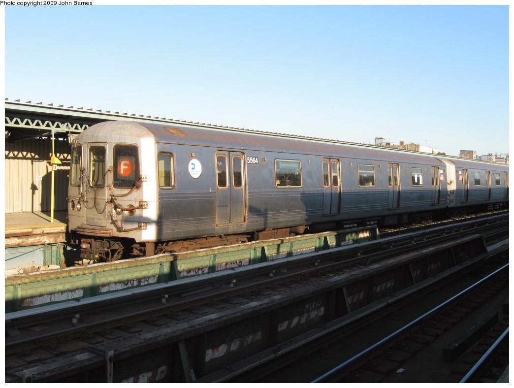 (163k, 1044x788)<br><b>Country:</b> United States<br><b>City:</b> New York<br><b>System:</b> New York City Transit<br><b>Line:</b> BMT Culver Line<br><b>Location:</b> Ditmas Avenue <br><b>Route:</b> F<br><b>Car:</b> R-46 (Pullman-Standard, 1974-75) 5564 <br><b>Photo by:</b> John Barnes<br><b>Date:</b> 5/21/2009<br><b>Viewed (this week/total):</b> 4 / 862