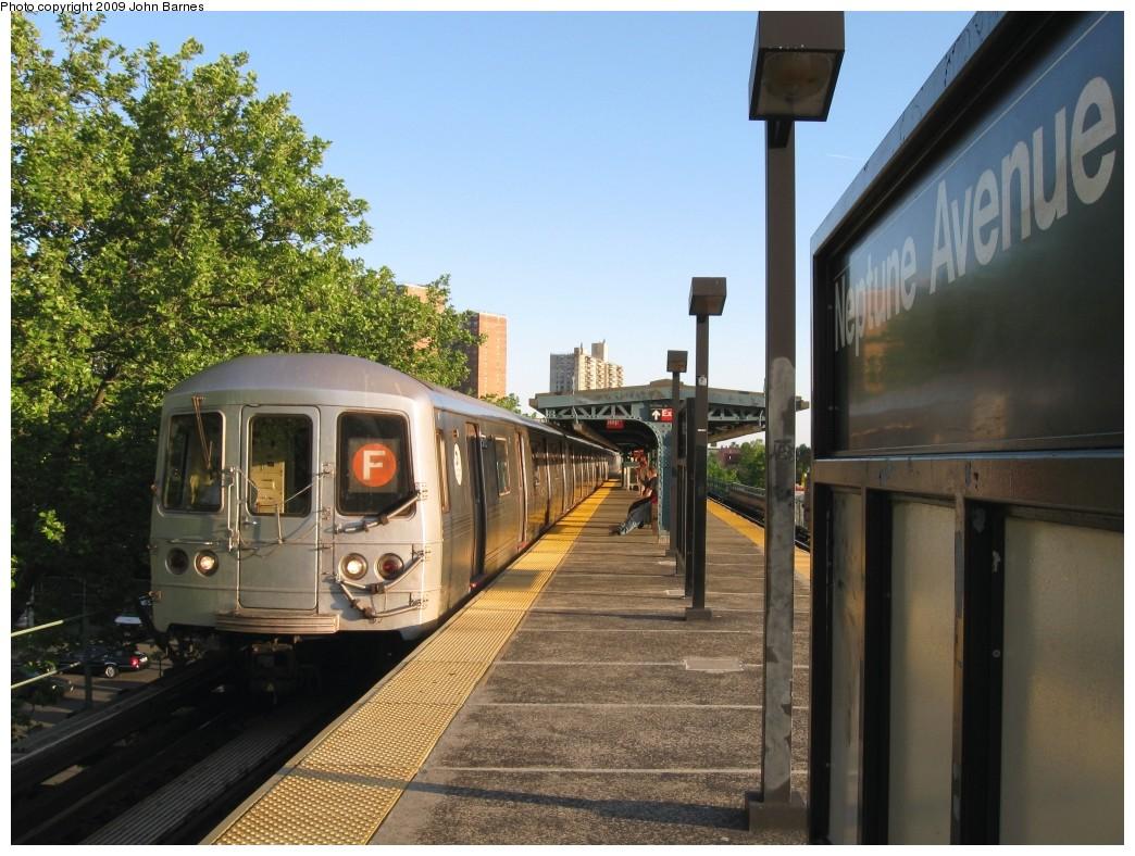 (234k, 1044x788)<br><b>Country:</b> United States<br><b>City:</b> New York<br><b>System:</b> New York City Transit<br><b>Line:</b> BMT Culver Line<br><b>Location:</b> Neptune Avenue <br><b>Route:</b> F<br><b>Car:</b> R-46 (Pullman-Standard, 1974-75) 5772 <br><b>Photo by:</b> John Barnes<br><b>Date:</b> 5/21/2009<br><b>Viewed (this week/total):</b> 0 / 1244