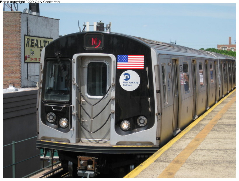 (127k, 820x620)<br><b>Country:</b> United States<br><b>City:</b> New York<br><b>System:</b> New York City Transit<br><b>Line:</b> BMT Astoria Line<br><b>Location:</b> Astoria Boulevard/Hoyt Avenue <br><b>Route:</b> N<br><b>Car:</b> R-160B (Option 1) (Kawasaki, 2008-2009)  9073 <br><b>Photo by:</b> Gary Chatterton<br><b>Date:</b> 5/25/2009<br><b>Viewed (this week/total):</b> 0 / 1173