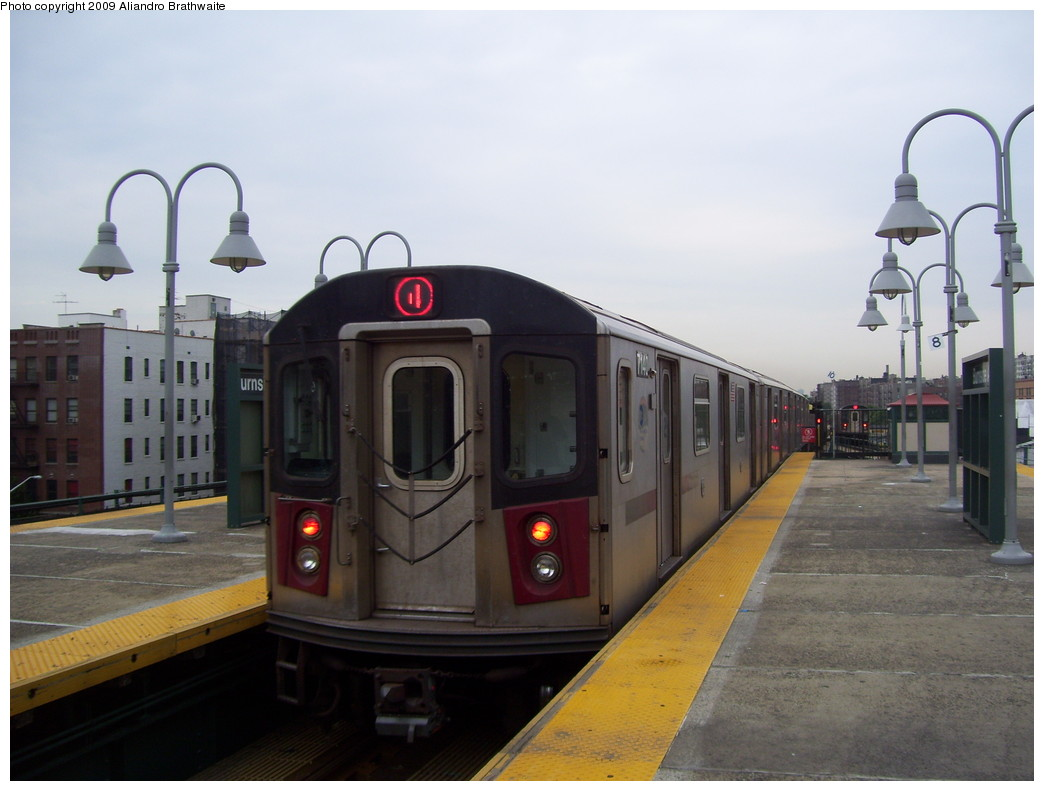 (173k, 1044x791)<br><b>Country:</b> United States<br><b>City:</b> New York<br><b>System:</b> New York City Transit<br><b>Line:</b> IRT Woodlawn Line<br><b>Location:</b> Burnside Avenue <br><b>Route:</b> 4 express<br><b>Car:</b> R-142 (Option Order, Bombardier, 2002-2003)  7140 <br><b>Photo by:</b> Aliandro Brathwaite<br><b>Date:</b> 6/8/2009<br><b>Viewed (this week/total):</b> 1 / 1530