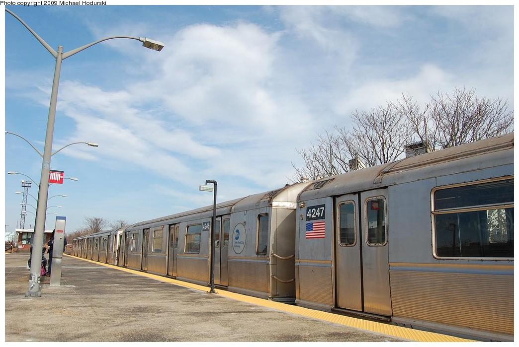 (216k, 1044x699)<br><b>Country:</b> United States<br><b>City:</b> New York<br><b>System:</b> New York City Transit<br><b>Line:</b> IND Rockaway<br><b>Location:</b> Rockaway Park/Beach 116th Street <br><b>Route:</b> A<br><b>Car:</b> R-40 (St. Louis, 1968)  4246 <br><b>Photo by:</b> Michael Hodurski<br><b>Date:</b> 4/17/2008<br><b>Viewed (this week/total):</b> 1 / 886